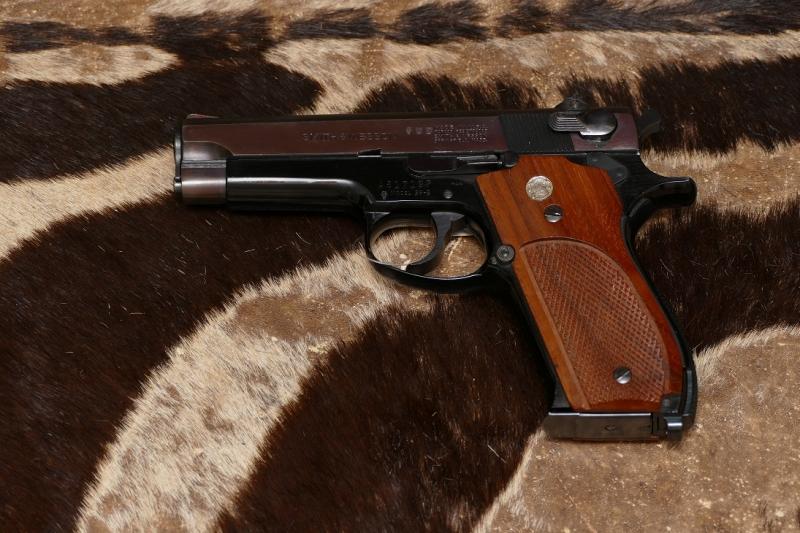 Smith & Wesson   Pistole